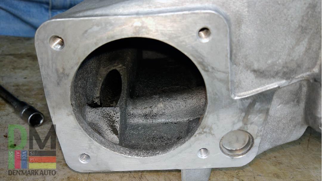 Чистка-клапана-ЕГР-Volkswagen-Caravelle-10